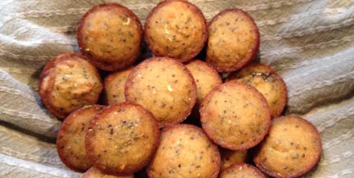 lemon-chia-seed-muffins